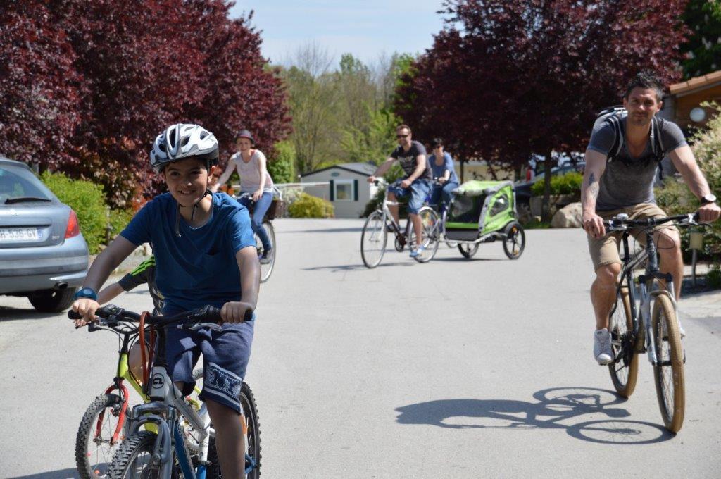 pisctes cyclables proche camping 3 étoiles Vendée