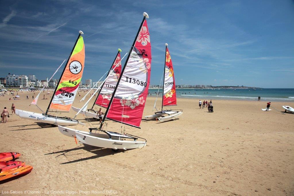 plage des sables d'Olonne proche camping 3 étoiles familial